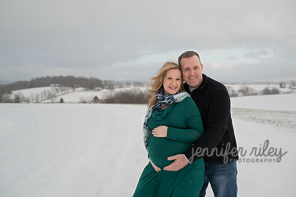 Snow-Maternity-Photography-Frederick-MD