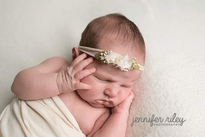 Newborn photographer frederick md