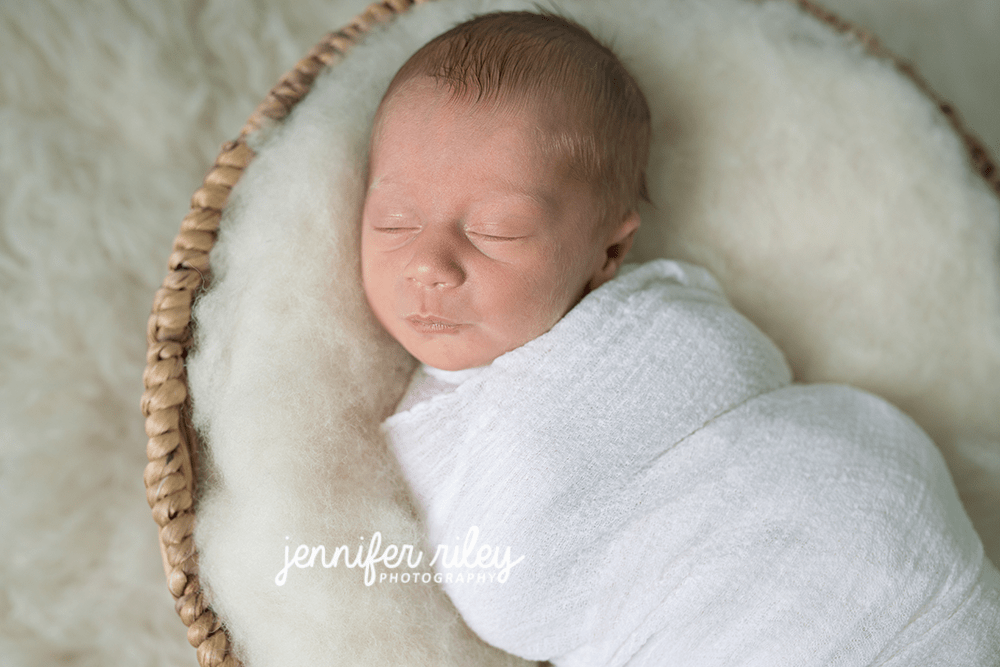newborn-photographer-middletown-md