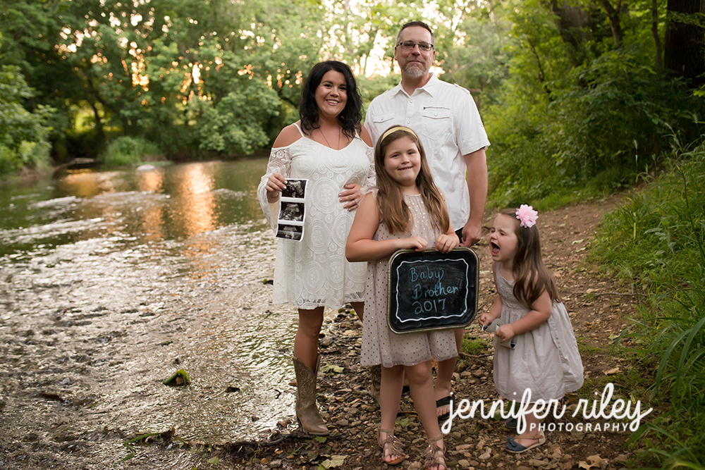 Pregnancy Reveal Photography