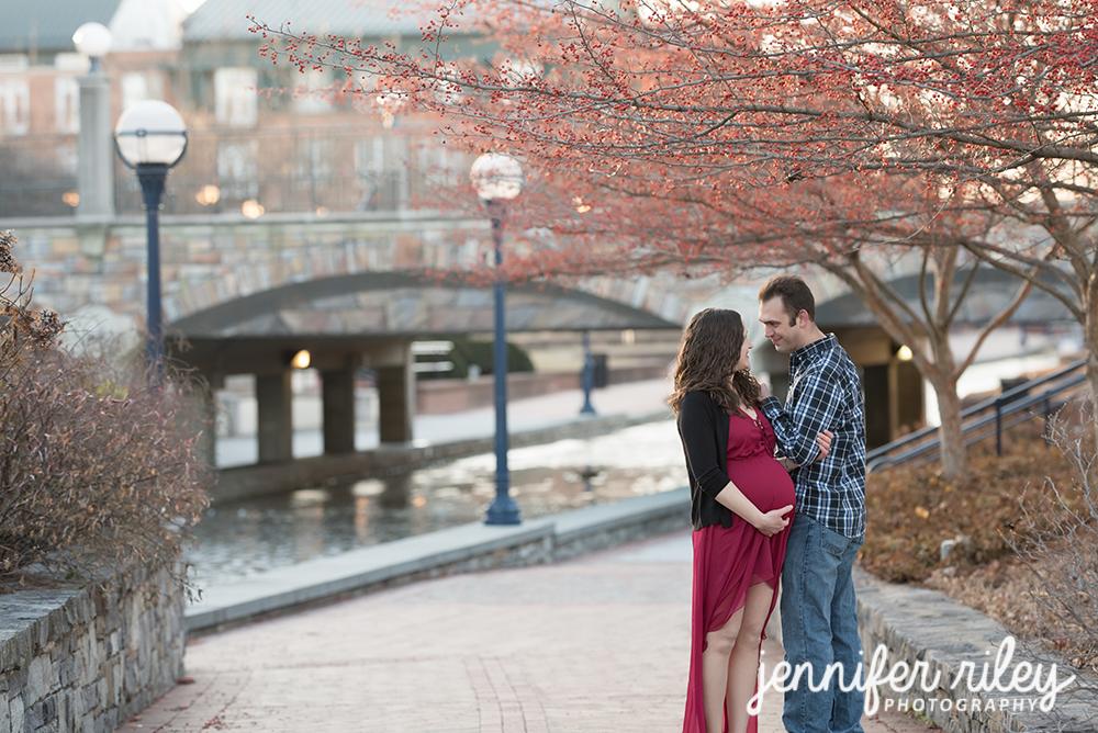 Carroll Creek Maternity Photography
