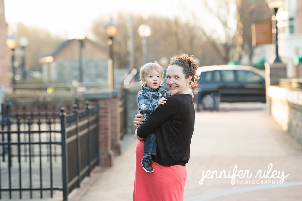Downtown Frederick Maternity Photography
