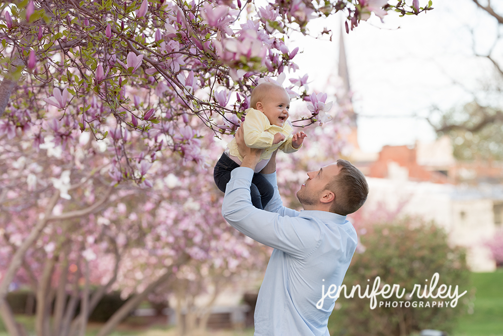 Daddy_Daughter_Spring_Flowers