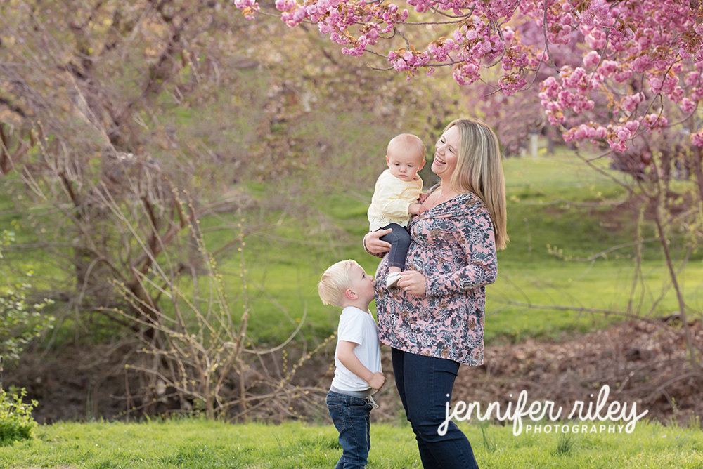 Mommy_Son_Pregnancy_Photography